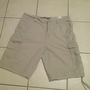 Grey beige polo cargo shorts
